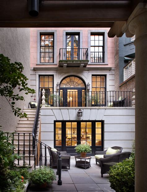 Apartment Inside by Upper East Side Townhouse Peter Pennoyer Architects