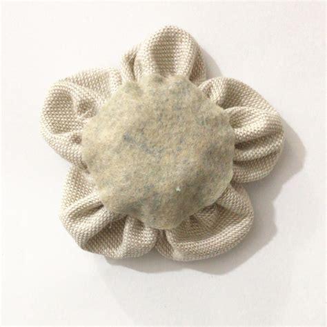 fiori di stoffa come fare come fare i fiori di stoffa shabby tutorial nell essenziale