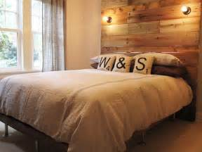 Wood Headboard Ideas 14 Inspiring Diy Projects Featuring Reclaimed Wood Furniture