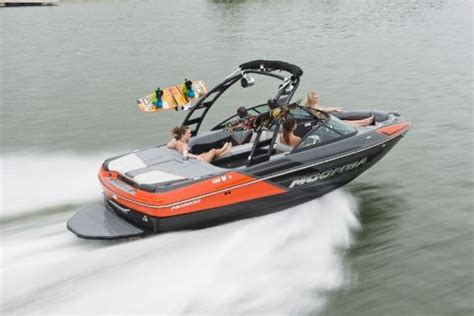 moomba boat orange 2014 moomba mondo tested reviewed on boattest ca