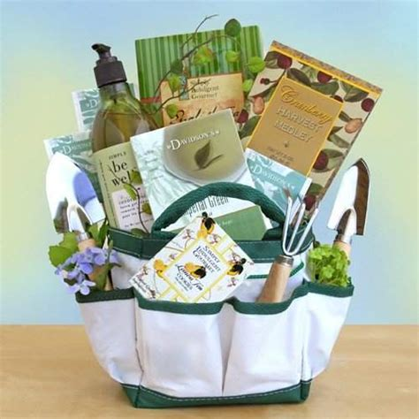 Gift Ideas For Gardener Top 5 Best S Day Gift Baskets Heavy