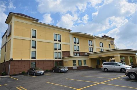 comfort inn buffalo ny airport quality inn buffalo airport ny buf airport hotel parking