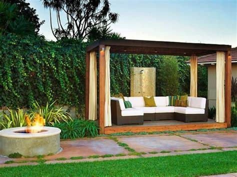 Pergola Im Garten Ruckzugsort Bluhend Pergola Beschattung Sonnenschutz Im Garten Und Im Hinterhof