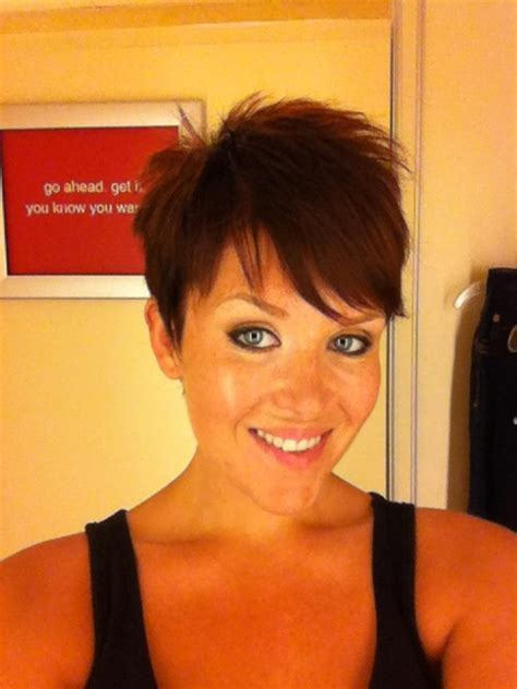 did mindy lahere cut her hair my new pixie cut d finally did it pixie