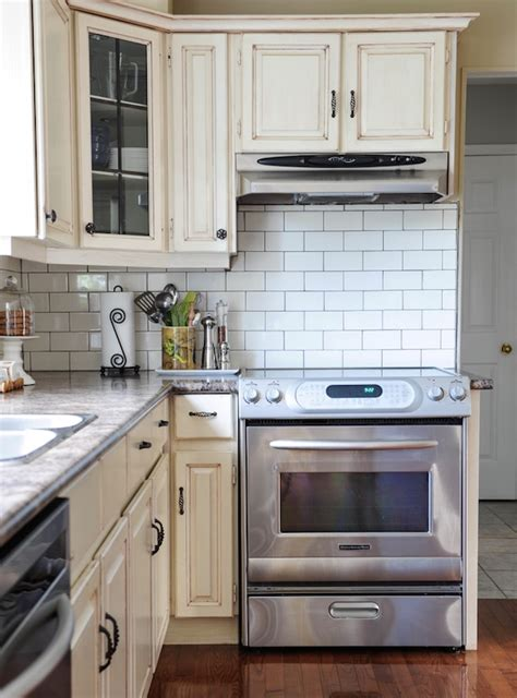 Kitchen Cabinet Hardware Ideas my sister s fresh new backsplash before amp after maria