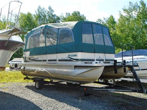 used pontoon boats for sale in pei 2002 princecraft vantage 20 pontoon for sale outside