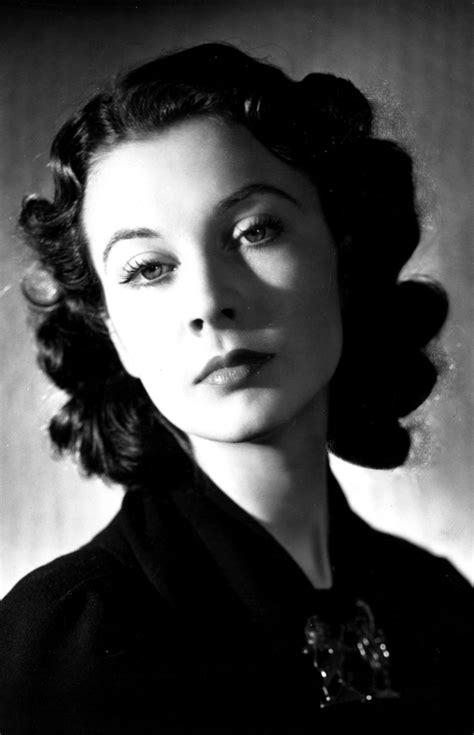 Vivien Leigh photo gallery - 190 best Vivien Leigh pics