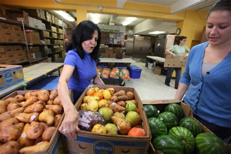 Oak Park Food Pantry by Food Rescue Program Helps Oak Park River Forest Food
