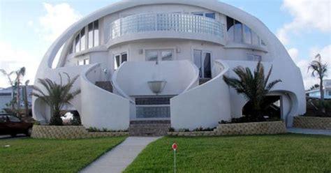 amazing dome cottages in toretore village sirahama maison d 244 me anti ouragan pensacola beach en floride
