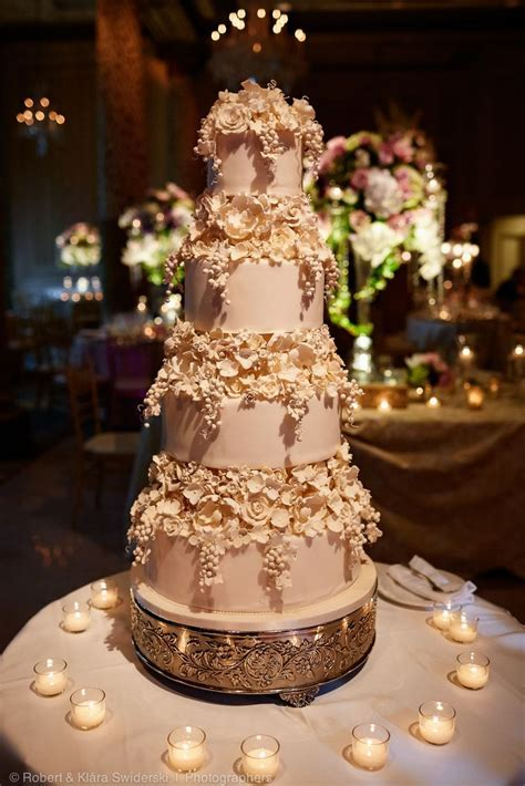 17 Best images about Wedding Cakes on Pinterest   Sugar