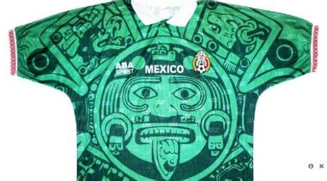 desain jersey aneh 5 desain kostum sepak bola teraneh sepanjang sejarah