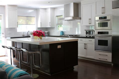 Kitchen Designs With White Cabinets And Granite Countertops by Modern White Gray Dark Brown Open Kitchen With Island