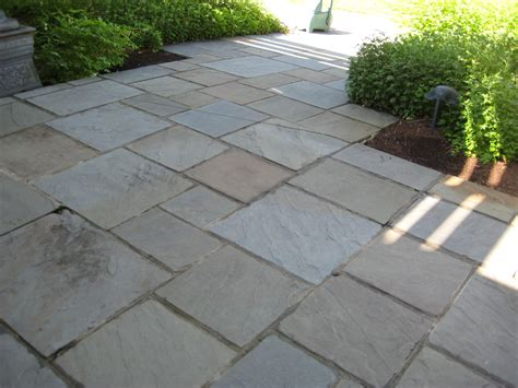 Cut Flagstone Patio by Ewm Patios