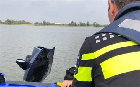 waterscooter vaarbewijs 15 jarige krijgt bekeuring voor varen op waterscooter