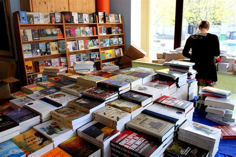 the bookshop book charlie byrne s c 250 irt bookshop charlie byrne s bookshop ireland s best loved independent