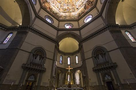 duomo di firenze interno cattedrale di santa fiore vivere la toscana