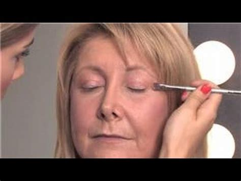video how to do eye makeup for over 50 ehow makeup tips for older women how to apply eye makeup over