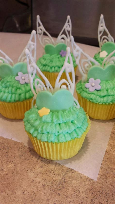 family creations tinkerbell cupcakes tinkerbell