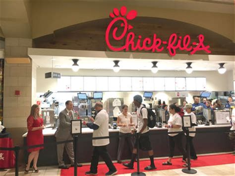 Chick Fil A Gift Card Amazon - queens ledger chick fil a opens its first location in queens