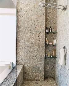 Exceptional Faience Salle De Bain Moderne #4: 0-jolie-salle-de-bain-avec-douche-italienne-galet-salle-de-bain-galet-carreaux-mosaique.jpg