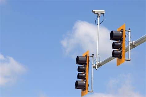 Cameras On Traffic Lights by Jeff Brandes Again Files Bill To Douse Light Cameras