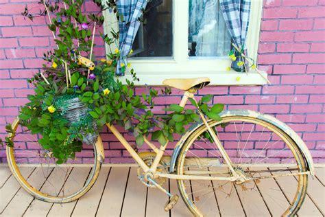 Gartendeko Fahrrad gartendeko selber machen und alte fahrr 228 der loswerden