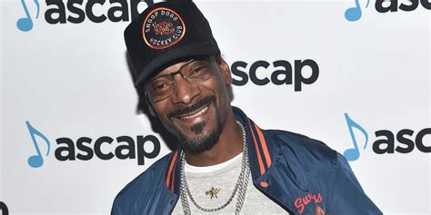 best snoop dogg album 20 of the best lyrics from snoop dogg s neva left album