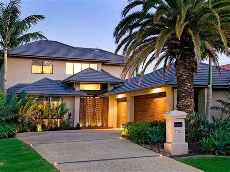 Small House Outer Designs Photo Of A Tiles House Exterior From Real Australian Home
