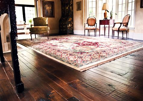 What To Put Furniture On Hardwood Floors by Rustic Living Room Design With Vintage Furniture And Wide