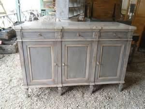 meuble de style louis xvi peint et patin 233 dans les tons de