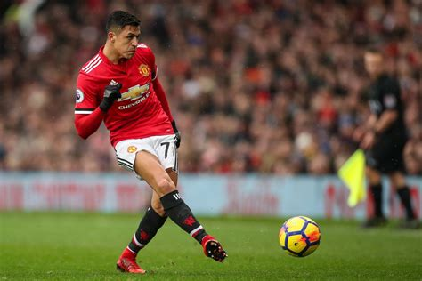 alexis sanchez distance covered manchester united 2 0 huddersfield town lukaku and