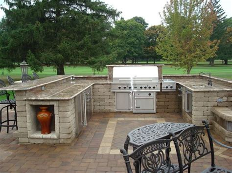 how to put in a paver patio would this outdoor paver patio with built in grill