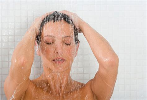 Pictures Of In The Shower by How To Shower Like A Mutterings For The Minority