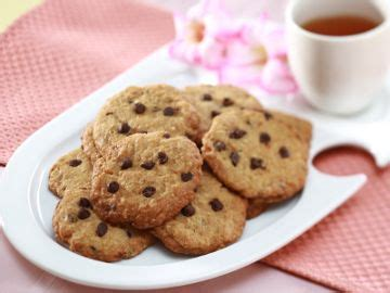 resep membuat kue kering good time cara membuat choco chips mustika wanda