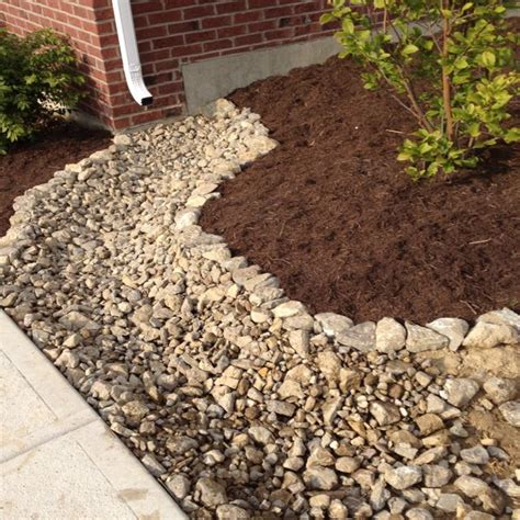 Landscape Edging To Divert Water Brick Flower Bed Drainage Woodworking Projects Plans