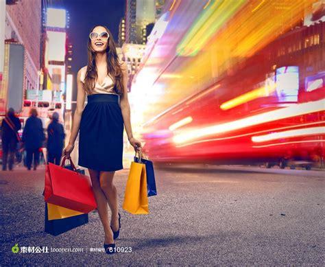 News Fashion Goes High Tech by 高清美女购物图片 素材公社 Tooopen