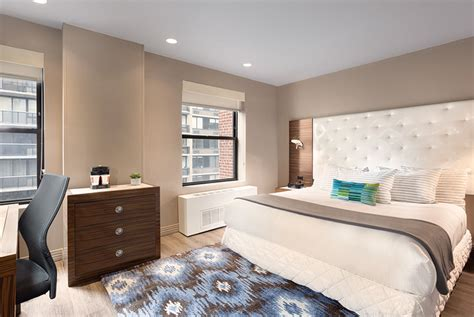 3 bedroom hotel suites in nyc the gallivant times square boutique guestrooms new york