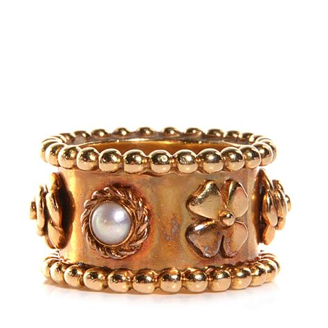 k chenle vintage chanel vintage 18k yellow gold pearl camellia ring 7 97160