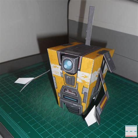 Claptrap Papercraft - borderlands 2 claptrap paper craft gadgetsin