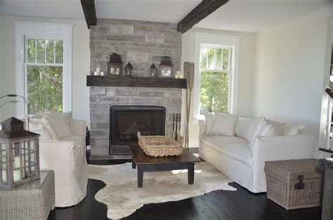 Cottage Fireplace Ideas by Cottage Bedroom With Fireplace Design Ideas