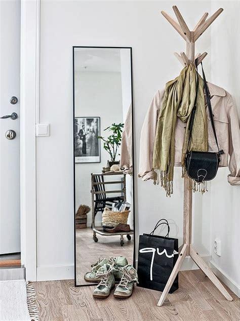 apartment entryway ideas best 25 small apartment entryway ideas on pinterest
