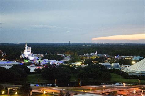 the contemporary review disney s contemporary resort bay lake tower review
