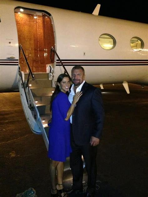 stephanie mcmahon asks triple h to sign the annulment stephanie mcmahon triple h novel notes stramash