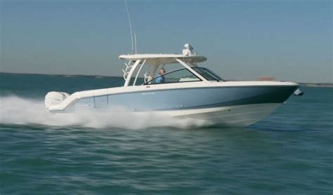 boston whaler 270 vantage boat test new pursuit 295 world cat 230 four winns h230 17