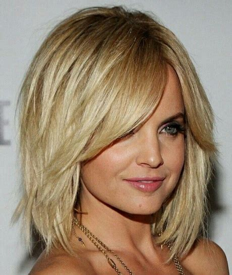 10 medium haircuts for thick hairstyles for medium thick hair