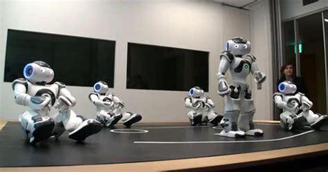 aldebaran nao robots visiting japan gadgetsin