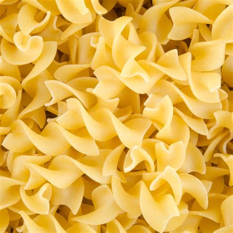 medium egg noodles 10 lb