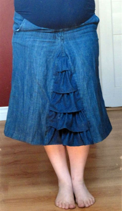 sew a ruffled maternity skirt from the diy