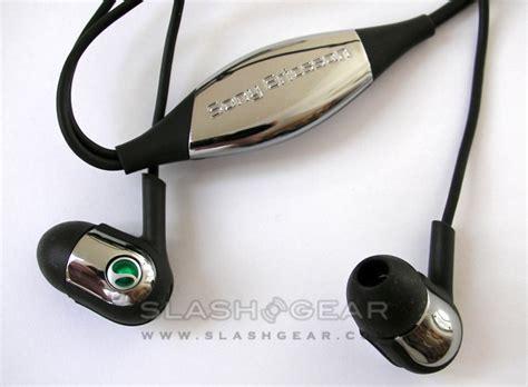 Headset Sony Ericsson W810i stereo headset slashgear page 2