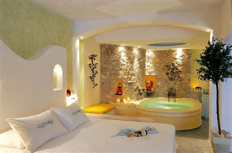 bedroom jacuzzi astarte suites santorini suites de luxe honeymoon h 244 tel